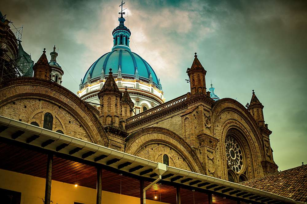 things to do in cuenca la catedral